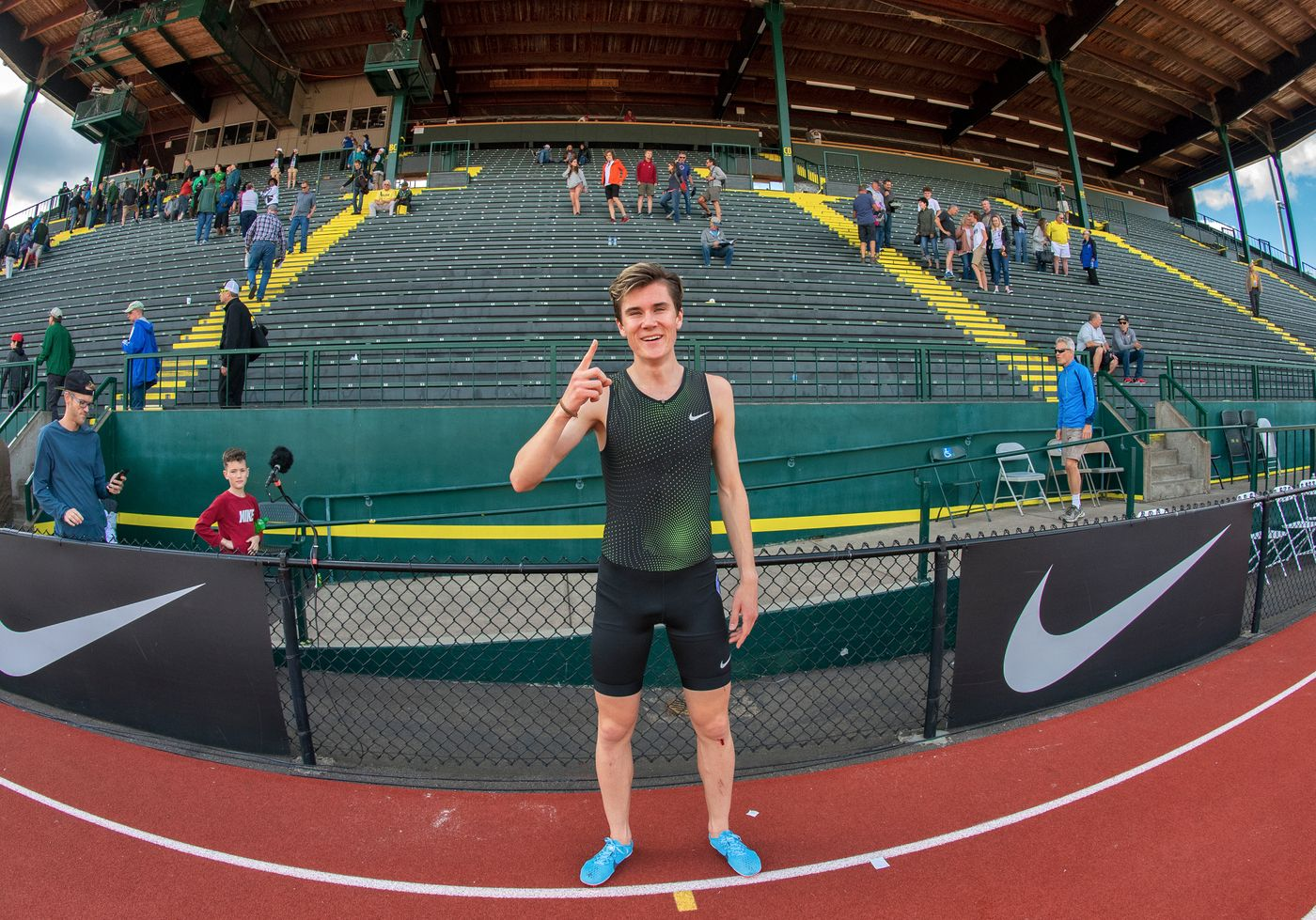 ingebrigtsen jakob wr 2018  pre classic day 3676  jeff cohen photo  .jpg