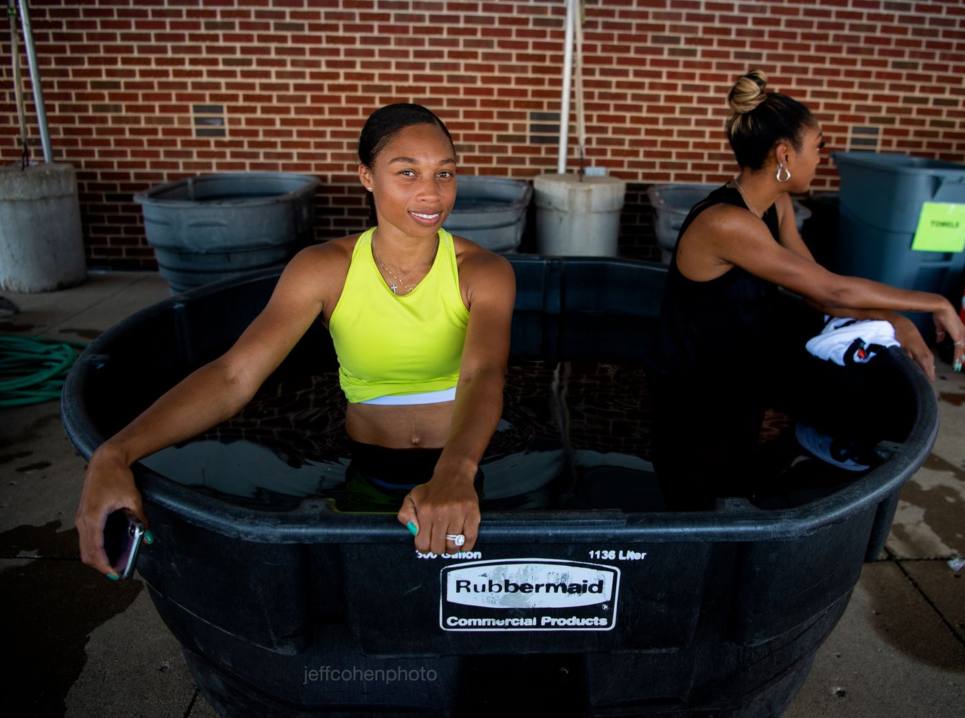 Allyson Felix in the ice tub. 2019 usatf outdoor championships, des moines , Iowa.