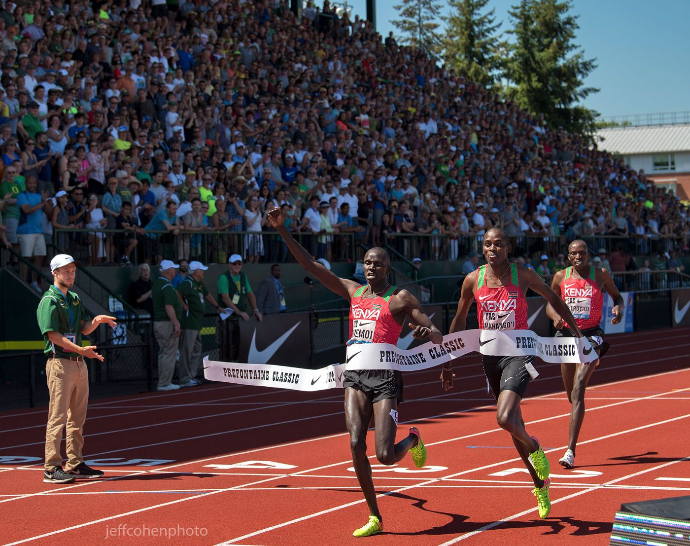 1r2017_pre_classic_pre_day_kwemoi_1_mile_bowerman__jeff_cohen_photo__3966_web.jpg