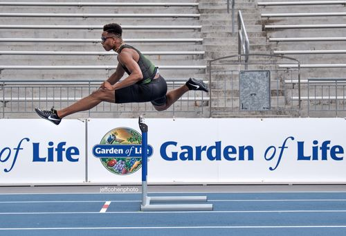 2018-USATF-Outdoors-day-1-tj-holmes-400mh---2643--jeff-cohen-photo--web.jpg