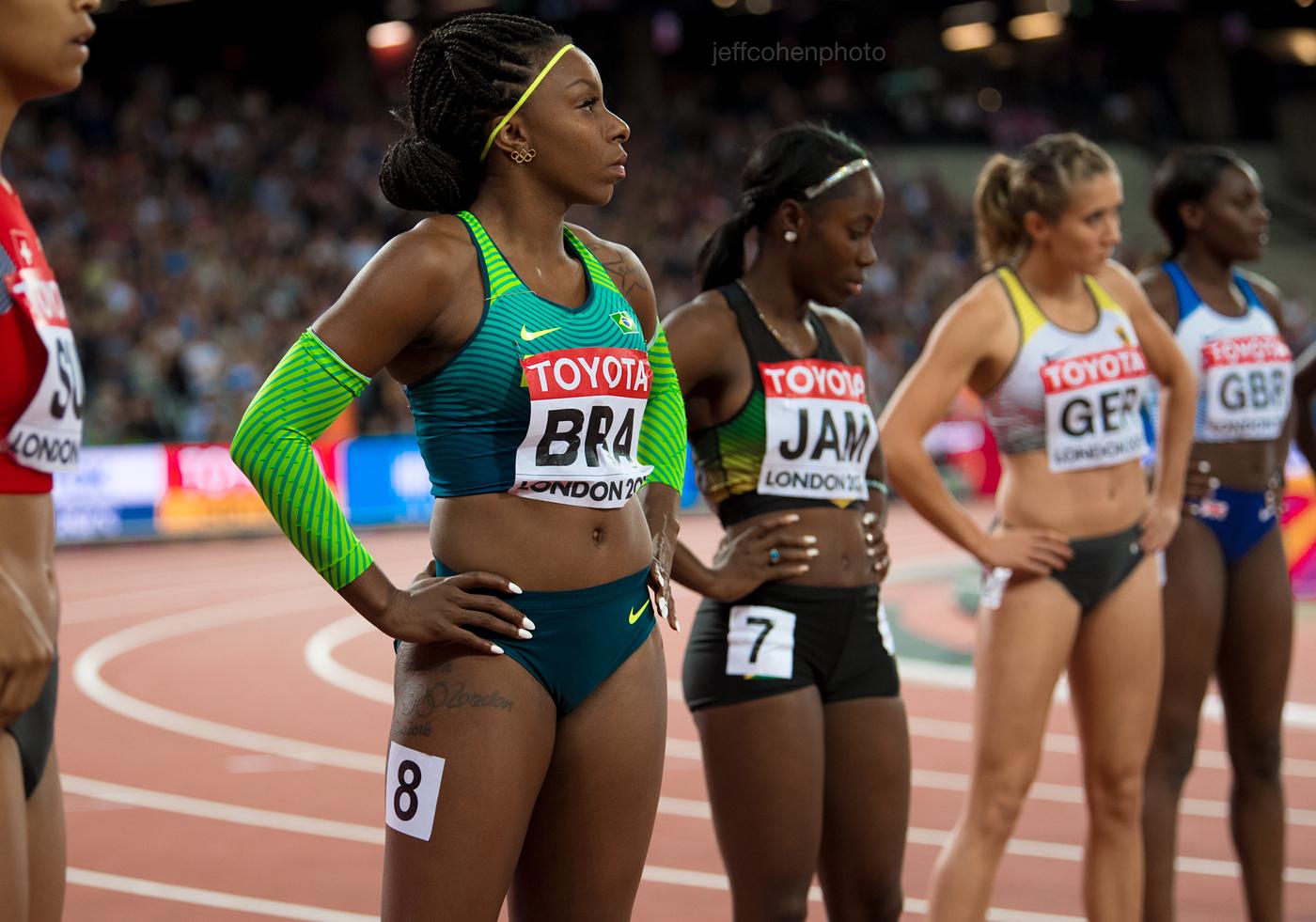 2017-IAAF-WC-London-night-9-rosangela-santos-bra-4x100w--2534--jeff-cohen-photo--web.jpg