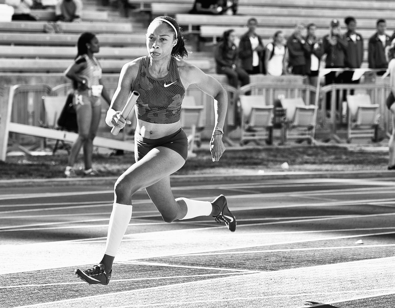 1jjk_rafer_ucla_2015_allyson_felix_bw_jeff_cohen_photo_20150411_930_copy.jpg