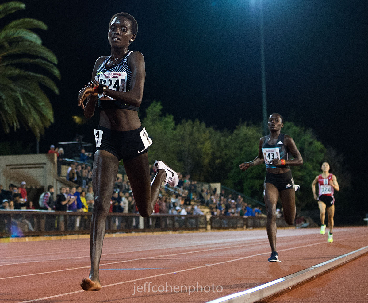 1payton_jordan_meet_irene_cheptai_10k_5_1_16__jeff_cohen_photo_8278_web.jpg