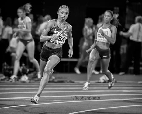 2017-IAAF-WC-London-night10--af-4x400-bw-1912--jeff-cohen-photo--web.jpg