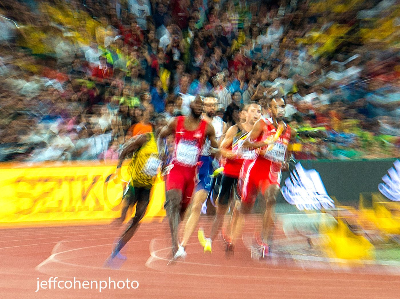 1beijing2015_night_9_lashawn_4x400_final_blur_jeff_cohen_photo_35653_web.jpg