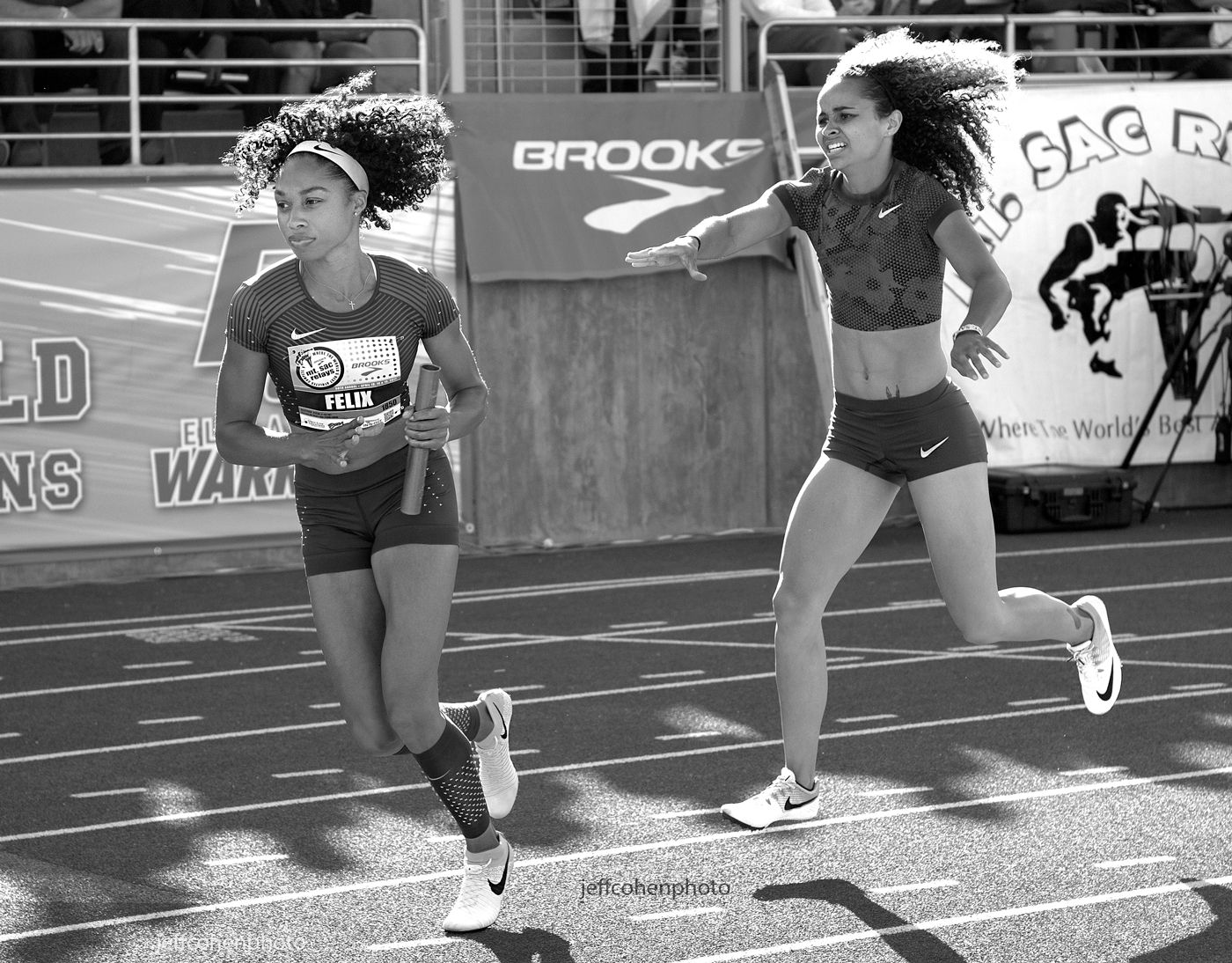 1r2017_mt_sac_relays_allyson_felix_samantha_levin_4x400_bw__jeff_cohen_photo__1113_web.jpg