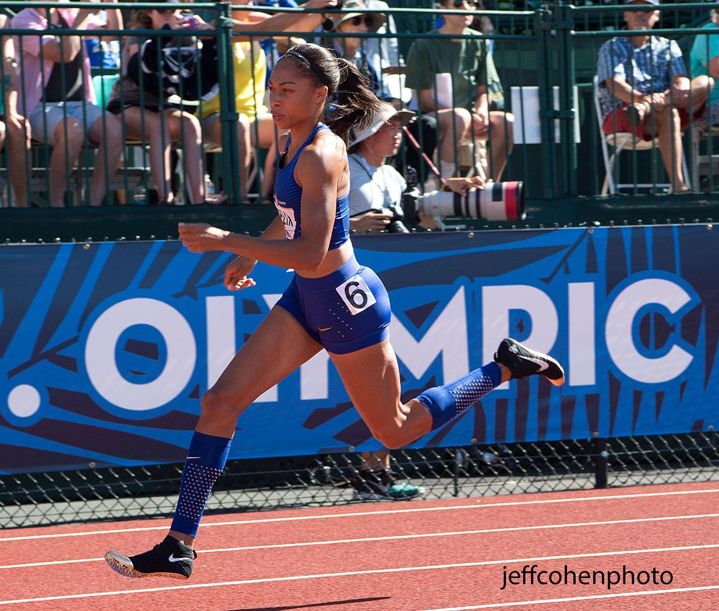 1r2016_oly_trials_day_3_a_felix_400m_run_jeff_cohen_photo_12029_web.jpg