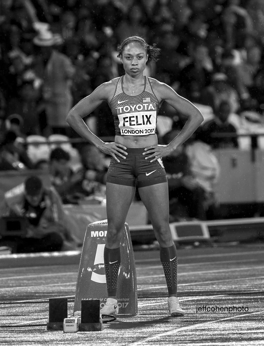 2017-IAAF-WC-London-night-felix-400m-final-bw-63329--jeff-cohen-photo--web.jpg