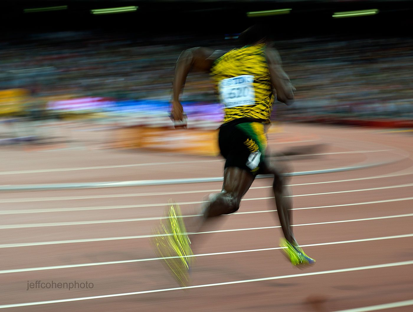 1beijing2015_night__5_usain_bolt_200m_jeff_cohen_photo_21724_recovered.jpg