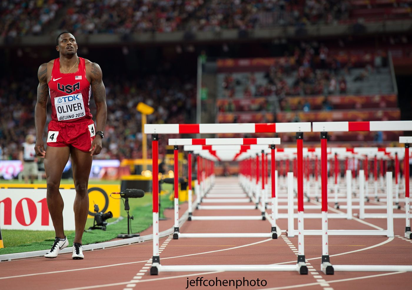 1beijing2015_night__6_david_oliver_semis_110mh__jeff_cohen_photo_24943_web.jpg