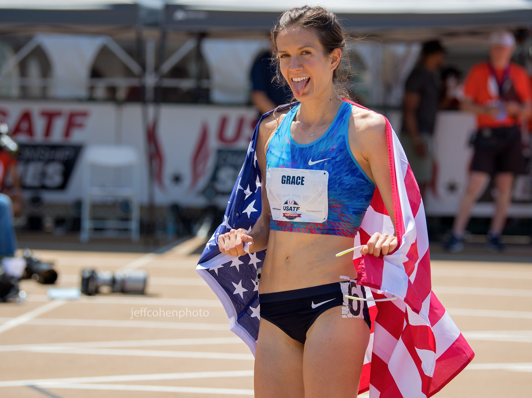 2017-usatf-outdoor-champs-day-3-grace-800w-tongue-jeff-cohen-photo--3954-web.jpg