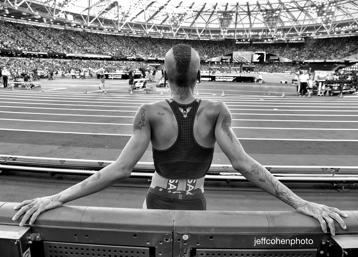 2017-IAAF-WC-London-night-7-mcpherson-hjw-bw--8189--jeff-cohen-photo--web.jpg