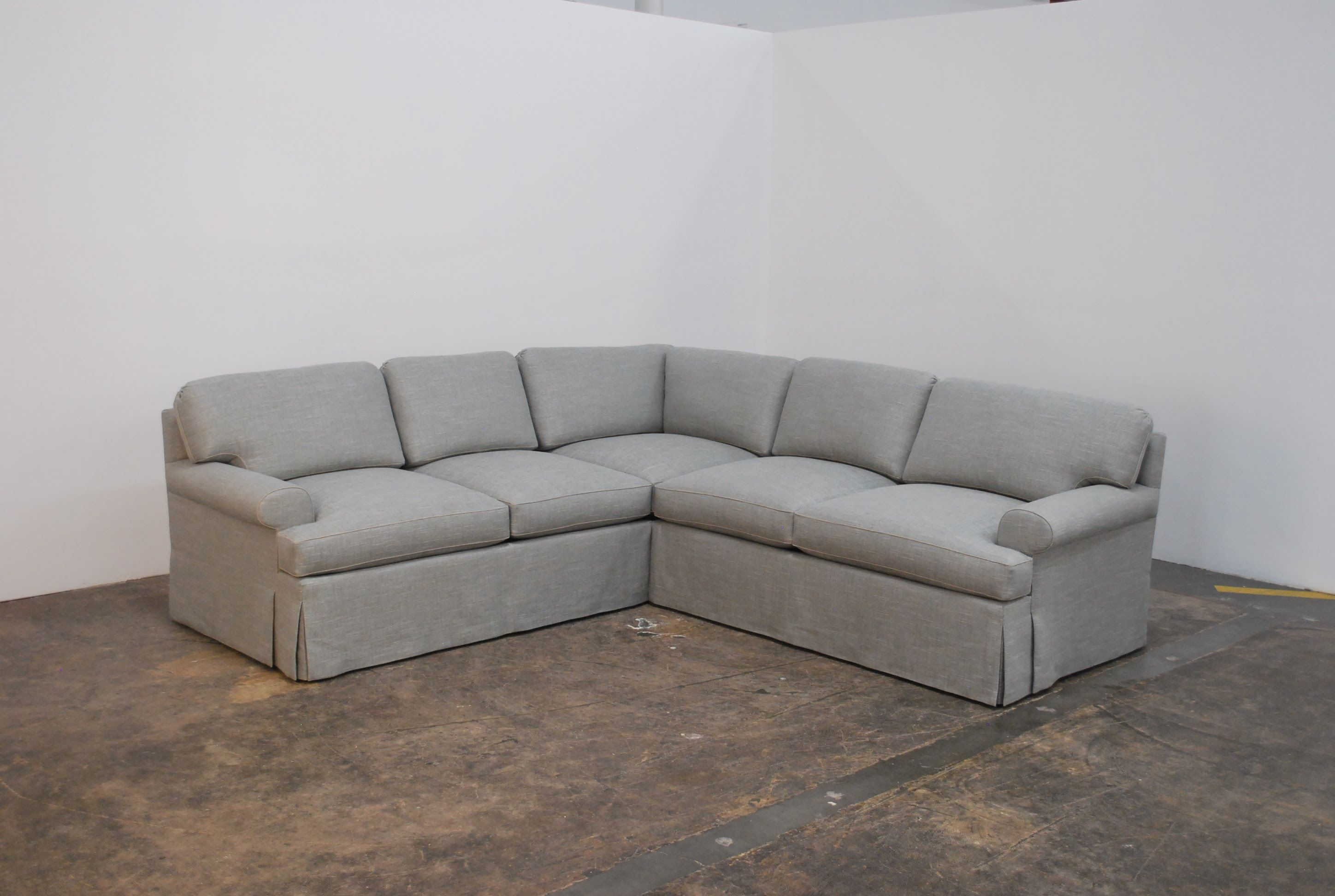 Classic Skirted Sectional Sofa