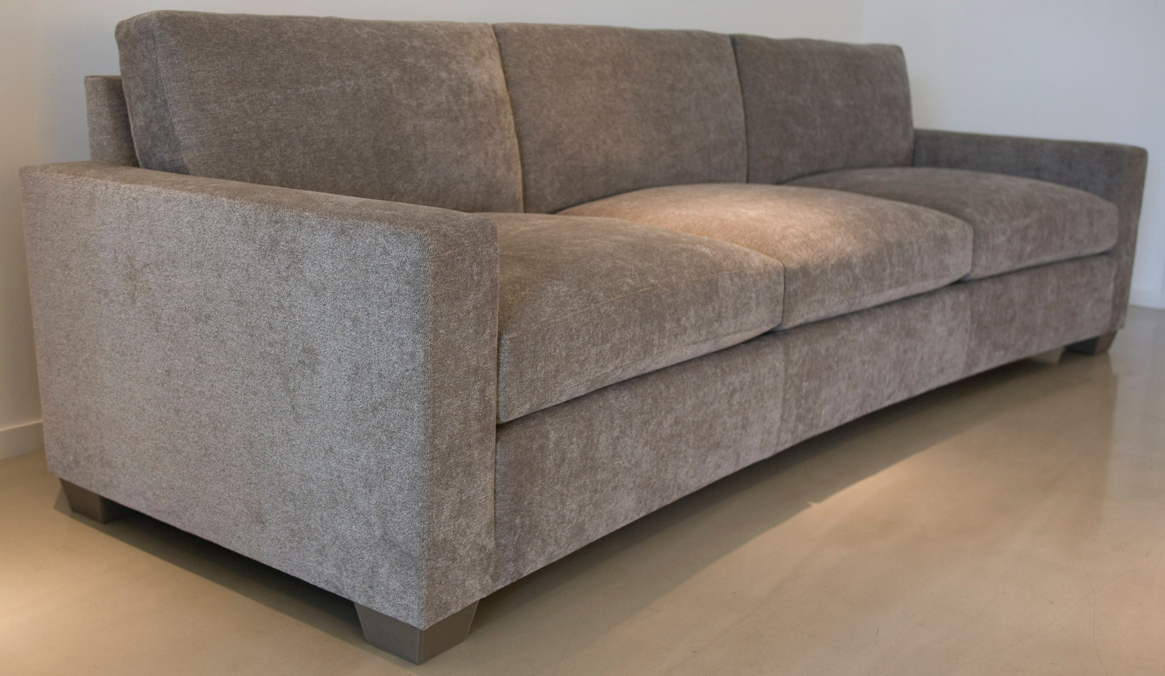 Curved JMF Sofa