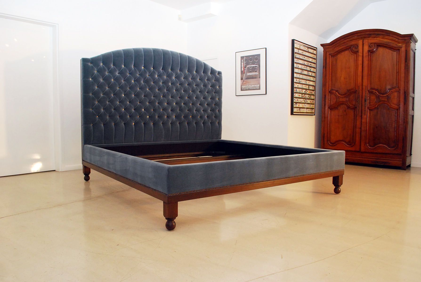 Velvet Tufted Bed with Attached Base
