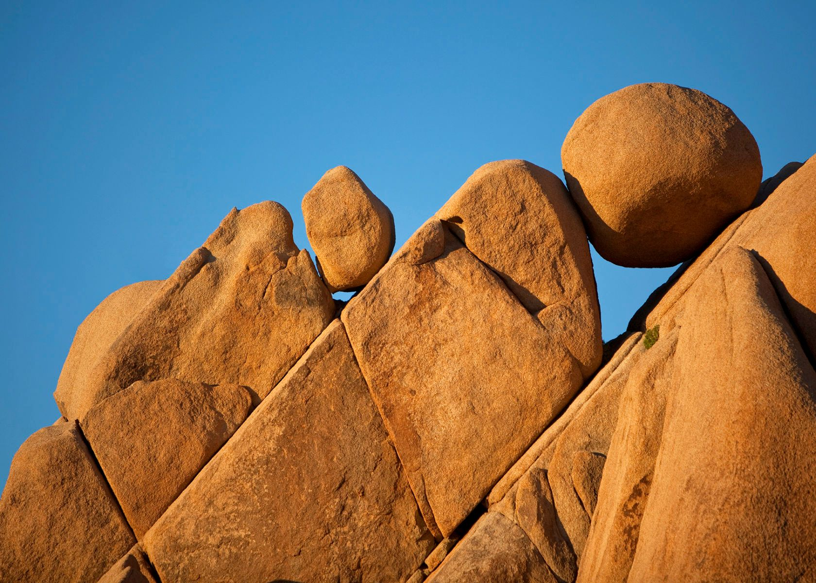 1balancing_boulders_copy.jpg