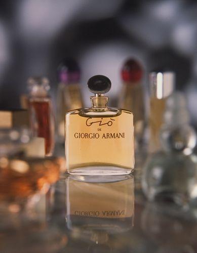 Gio bottle