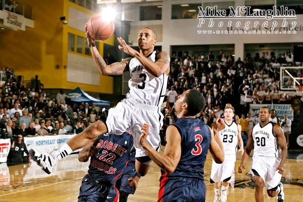 20120307LIUMensBasketballNEC_0354.jpg