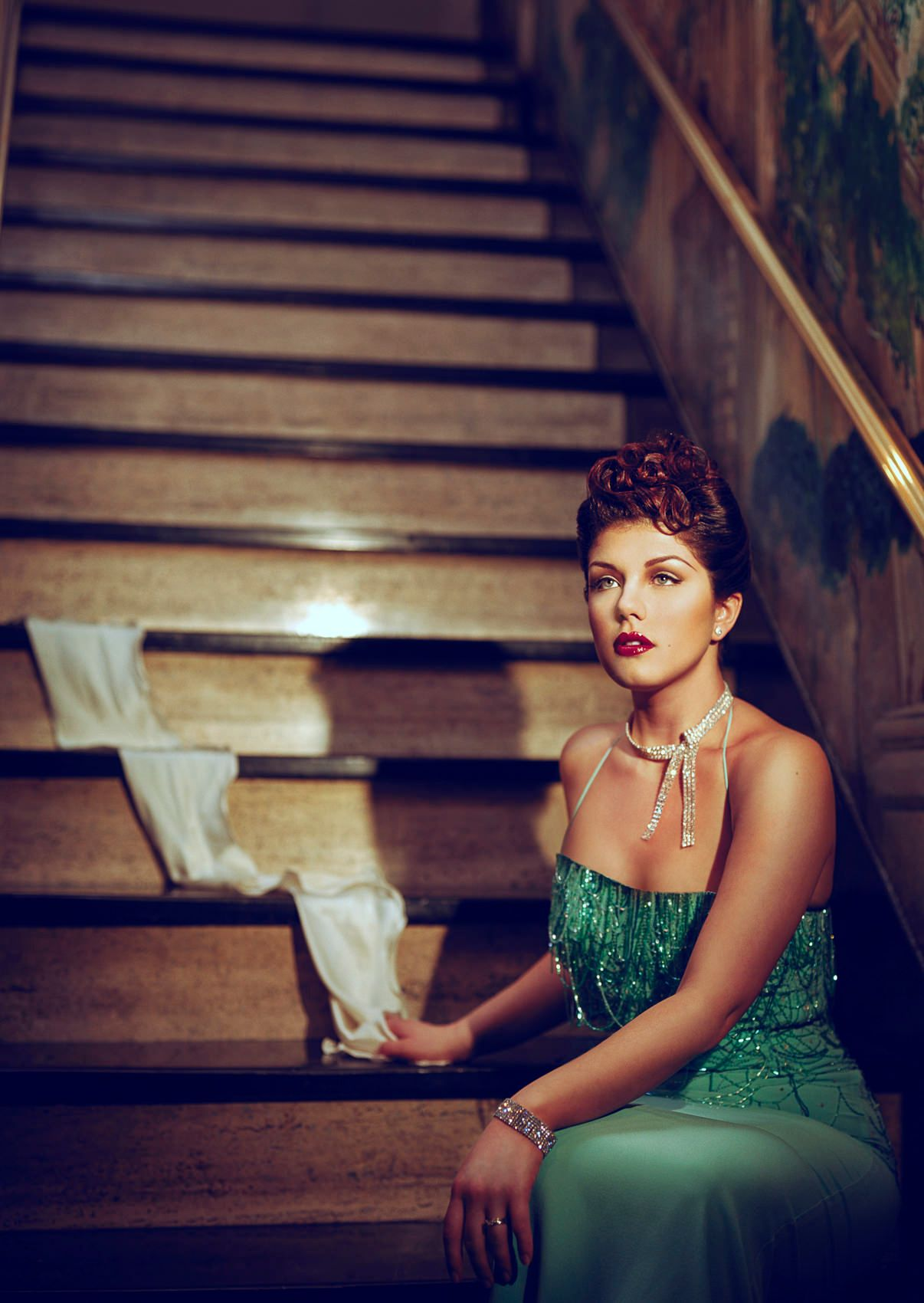 Jane-Monheit-classic-portrait.jpg