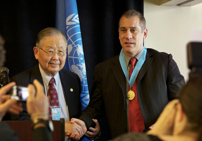 Michael_Grecco_Honored_at_the_United_Nations.jpg
