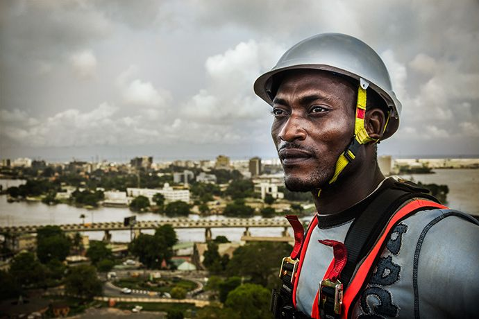 Construction-worker-Lagos-Nigeria.jpg