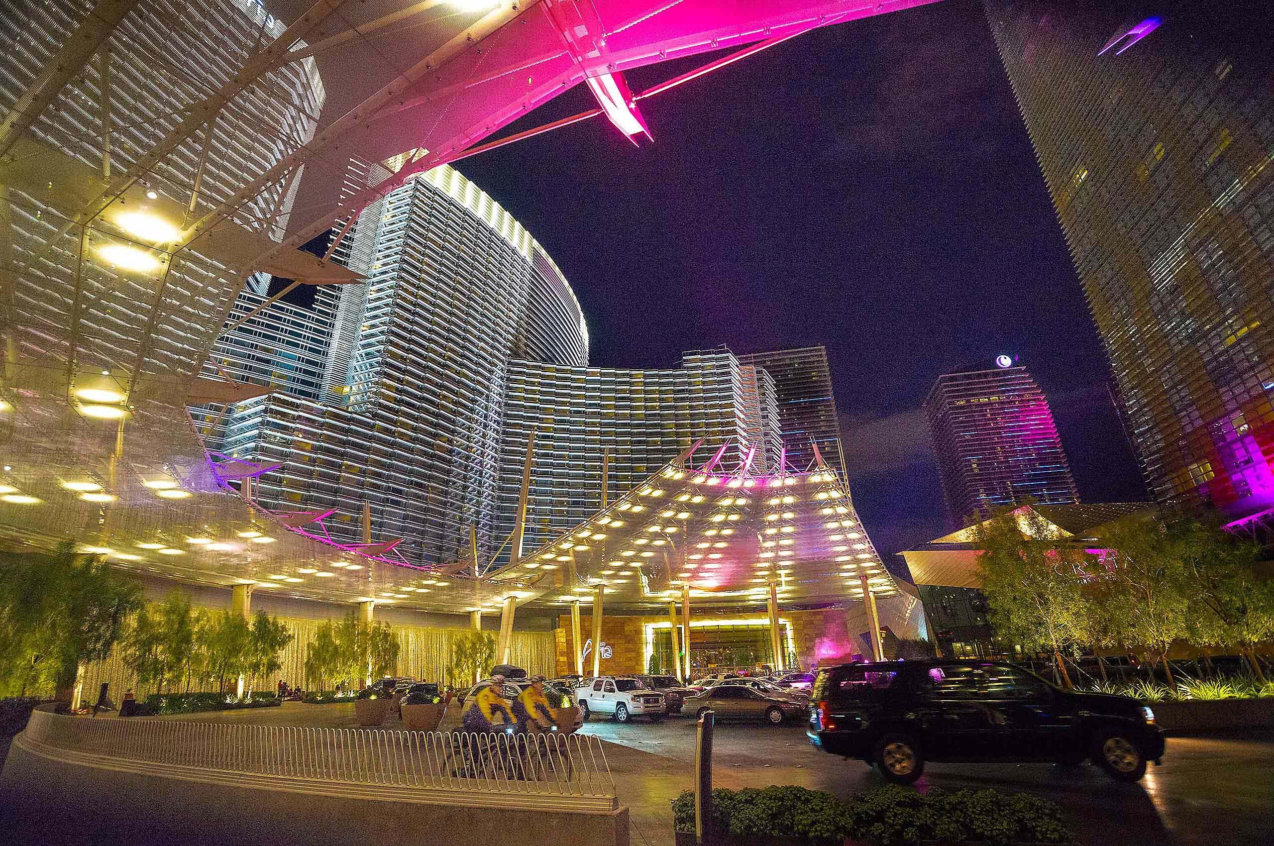 Los Vagas hotel at night