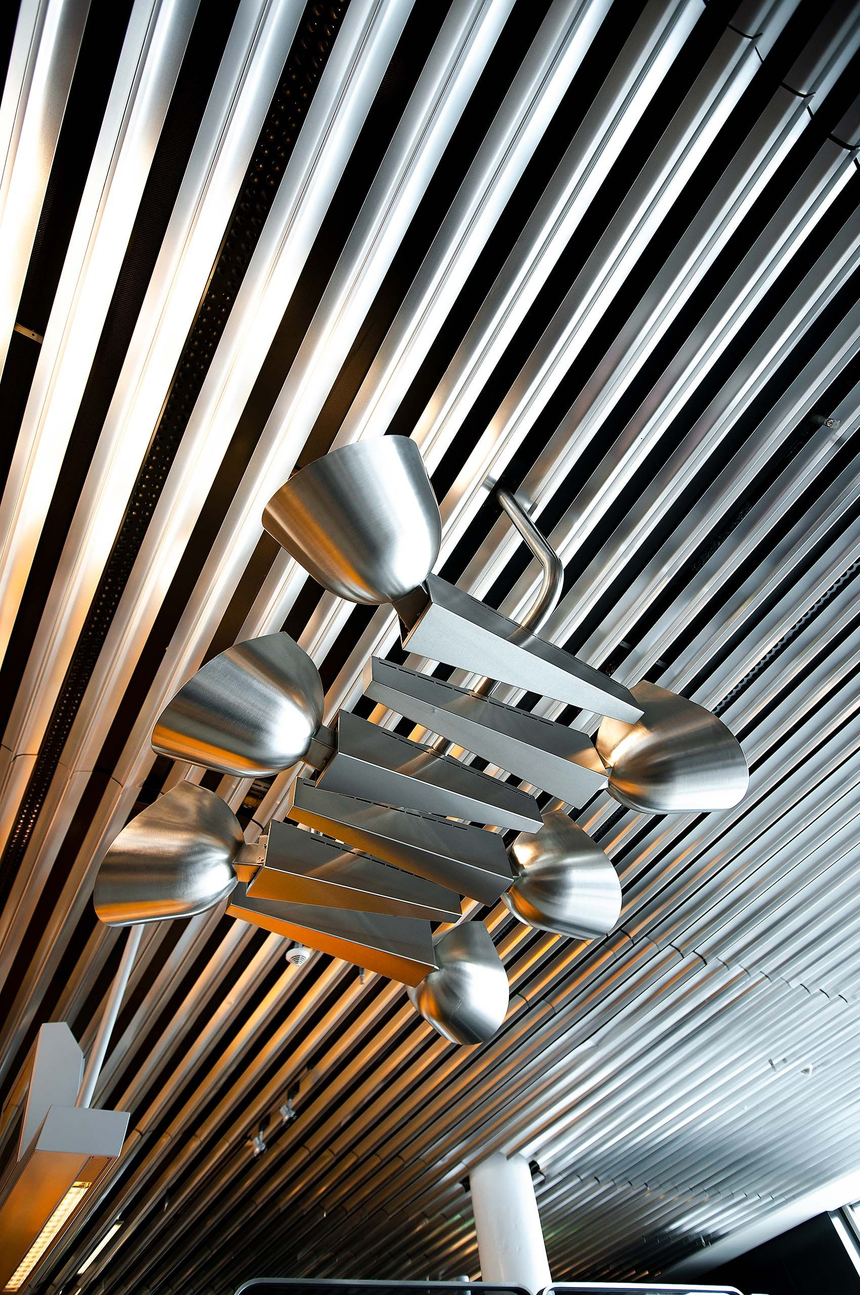 Frankfurt Airport  ceiling and lights