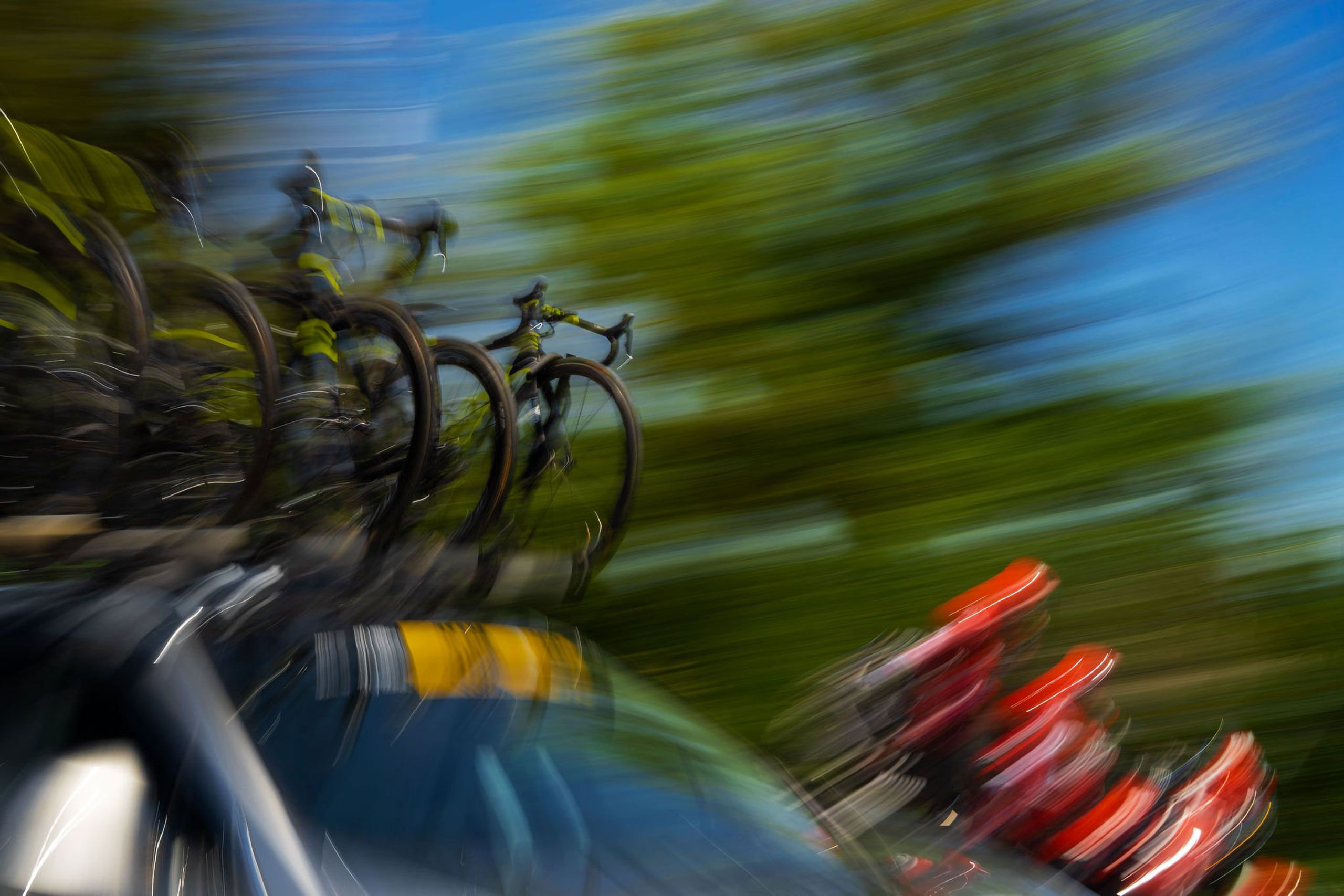 Support car  Amgen Tour of California 2018 Davis