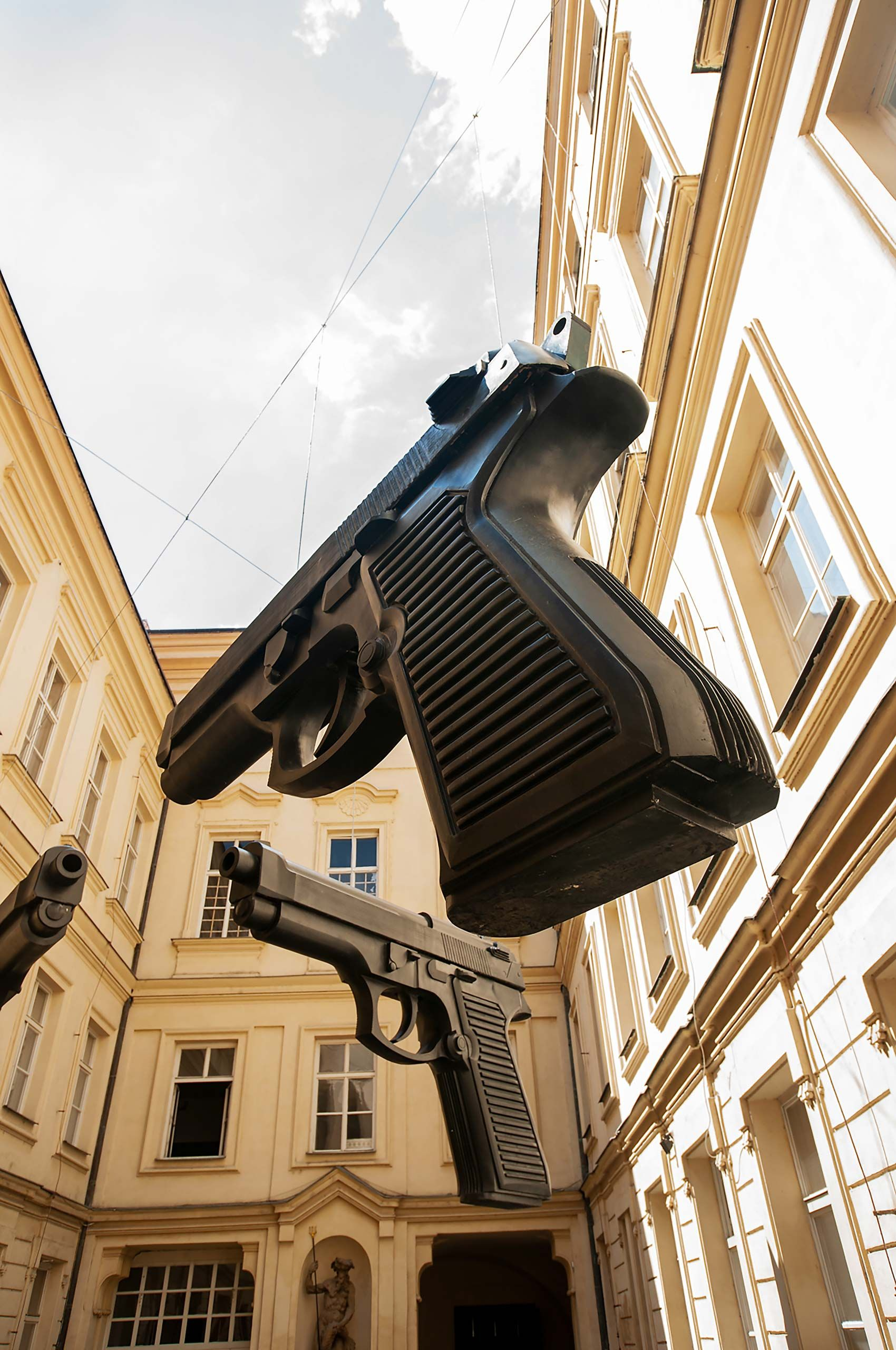 Graint Gun handgun art Berlin Germany
