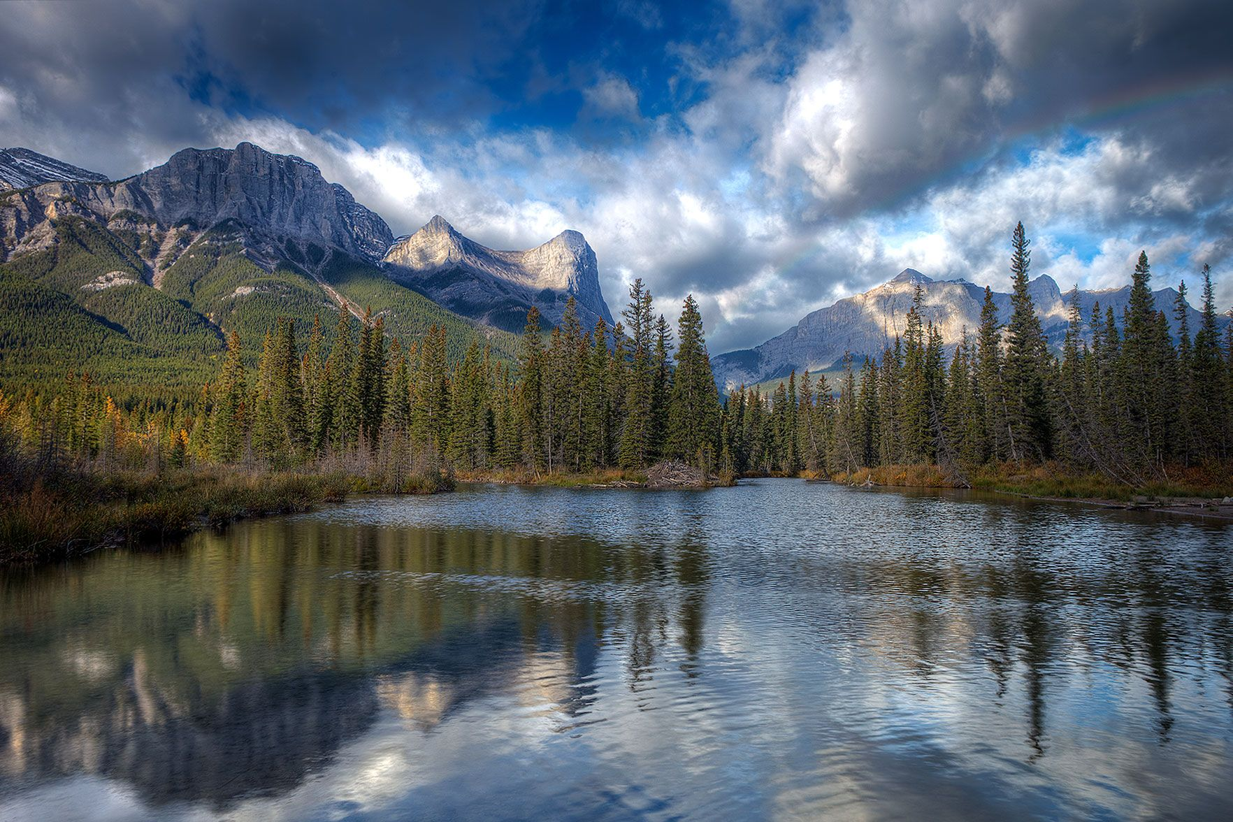 Ha-Ling-Rundle-Fall-1800-noWM.jpg