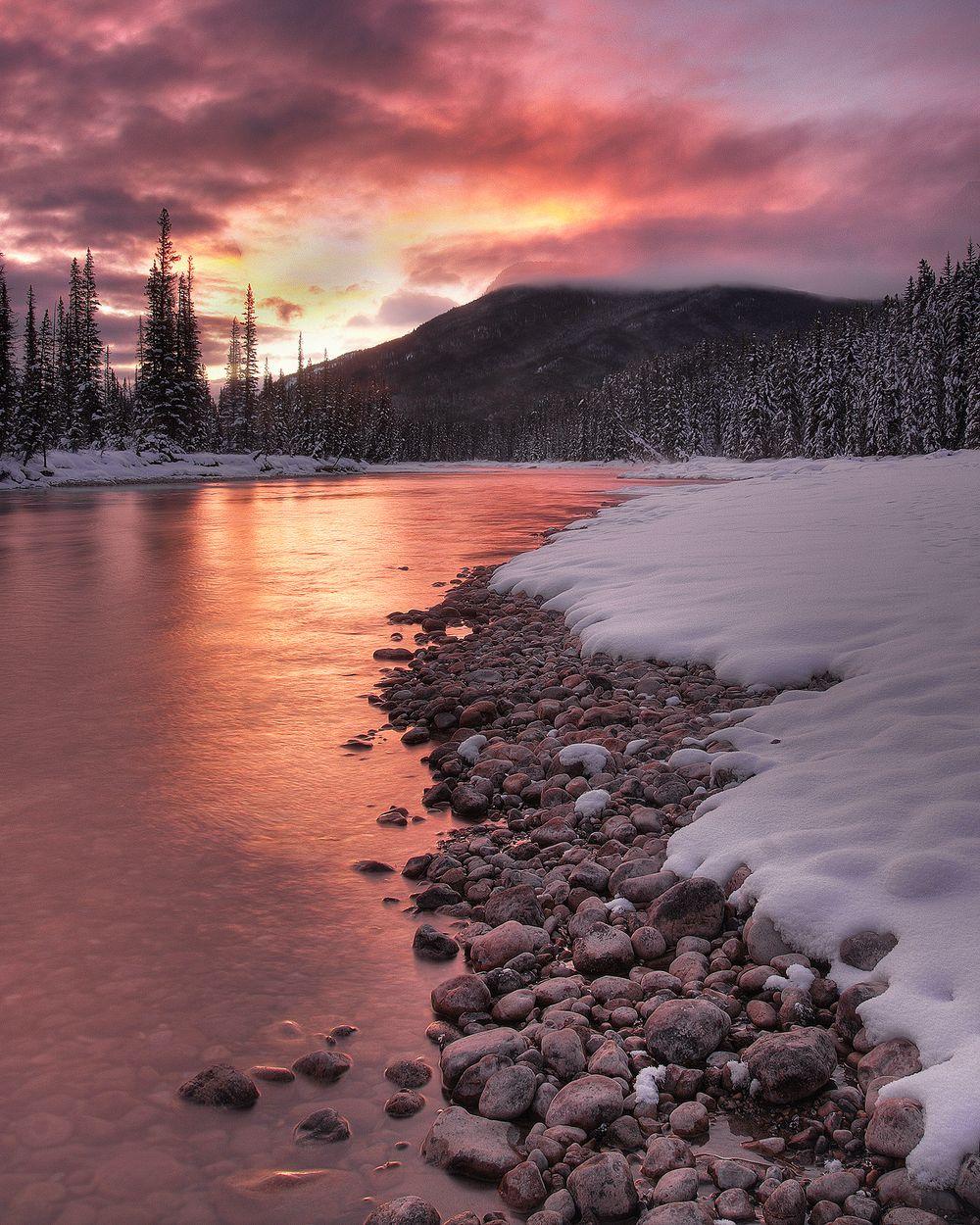 1bow_sunrise_large.jpg