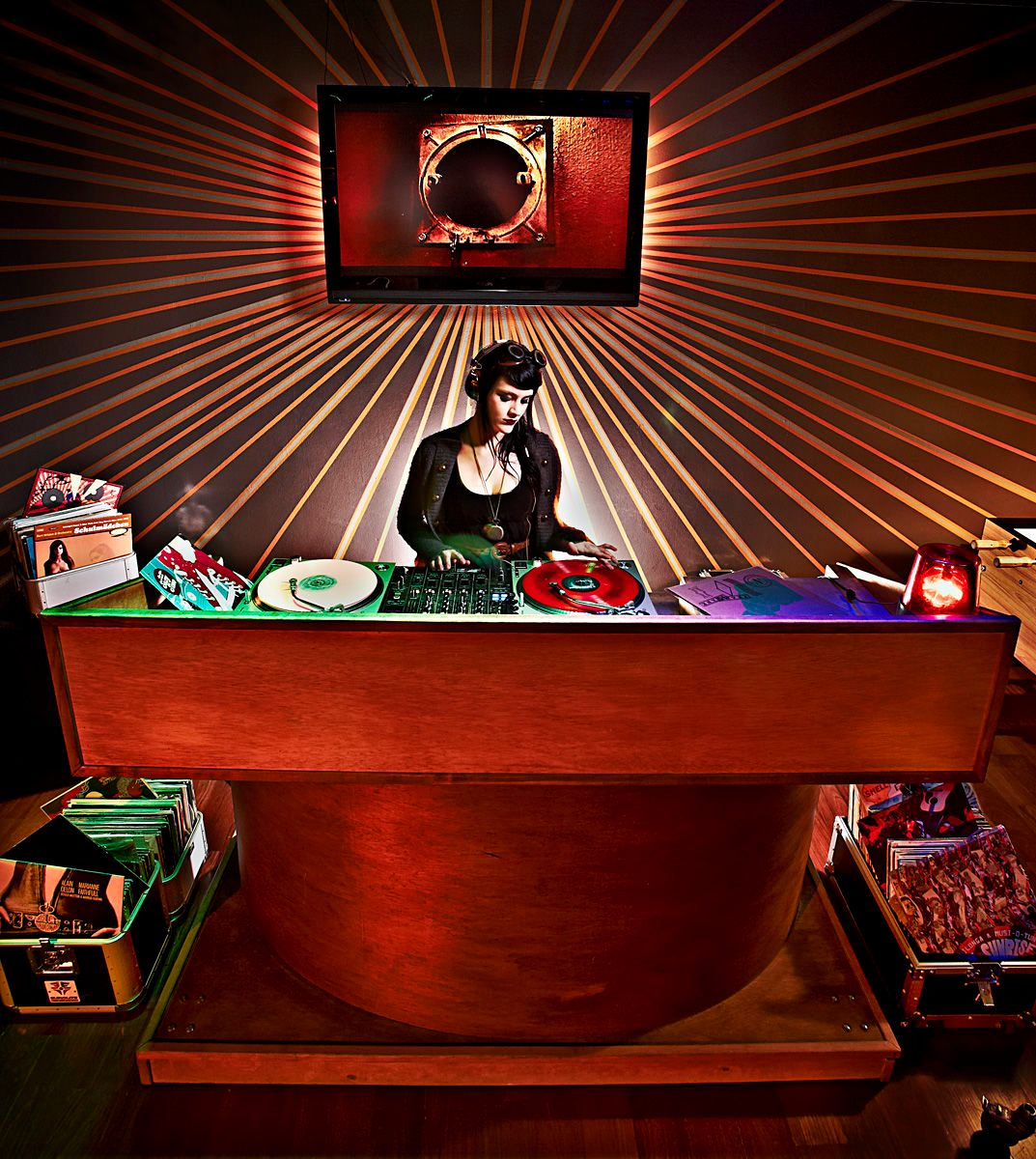 1orbit19_dj_girl_records_spinning_steam_punk_lounge.jpg