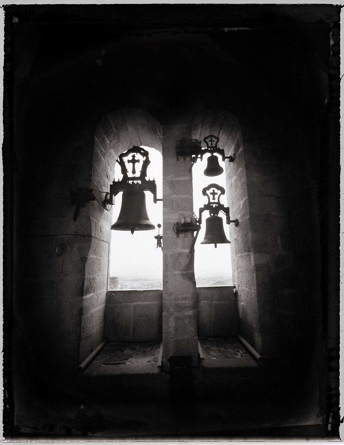 Bells, Caceres