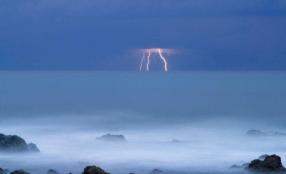 Montezuma Lightning