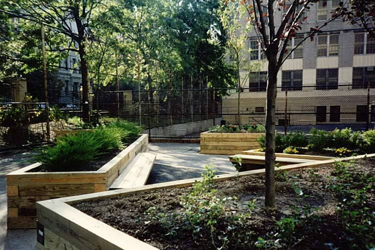 Joan of Arc School Garden / Outdoor Classroom