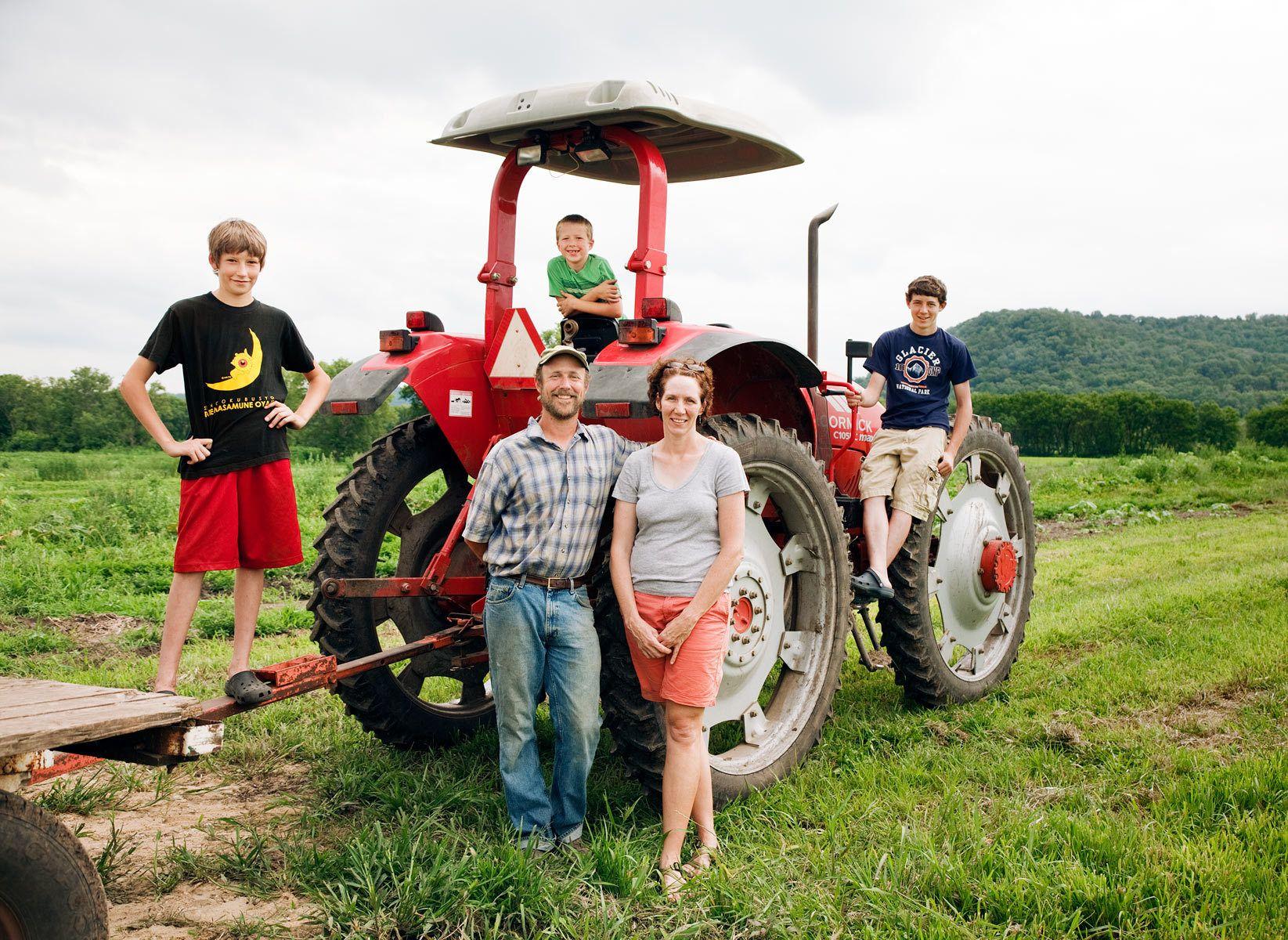Jack Hedin, Jenni McHugh, and family, Altura, MN
