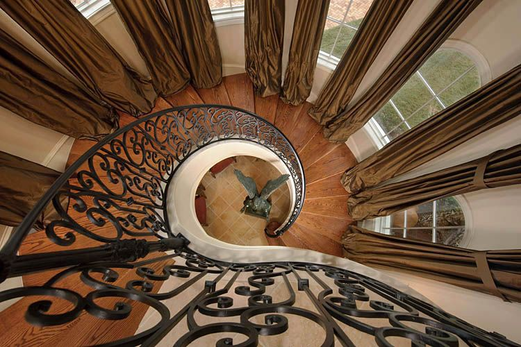 Psyk Staircase sRGB.jpg