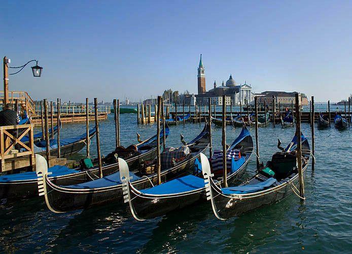 Gondolas 3