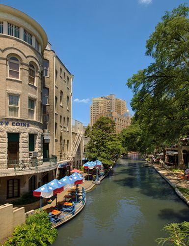Riverwalk 1 sRGB.jpg