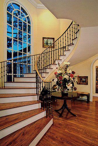 1_CM_staircase_sRGB.jpg