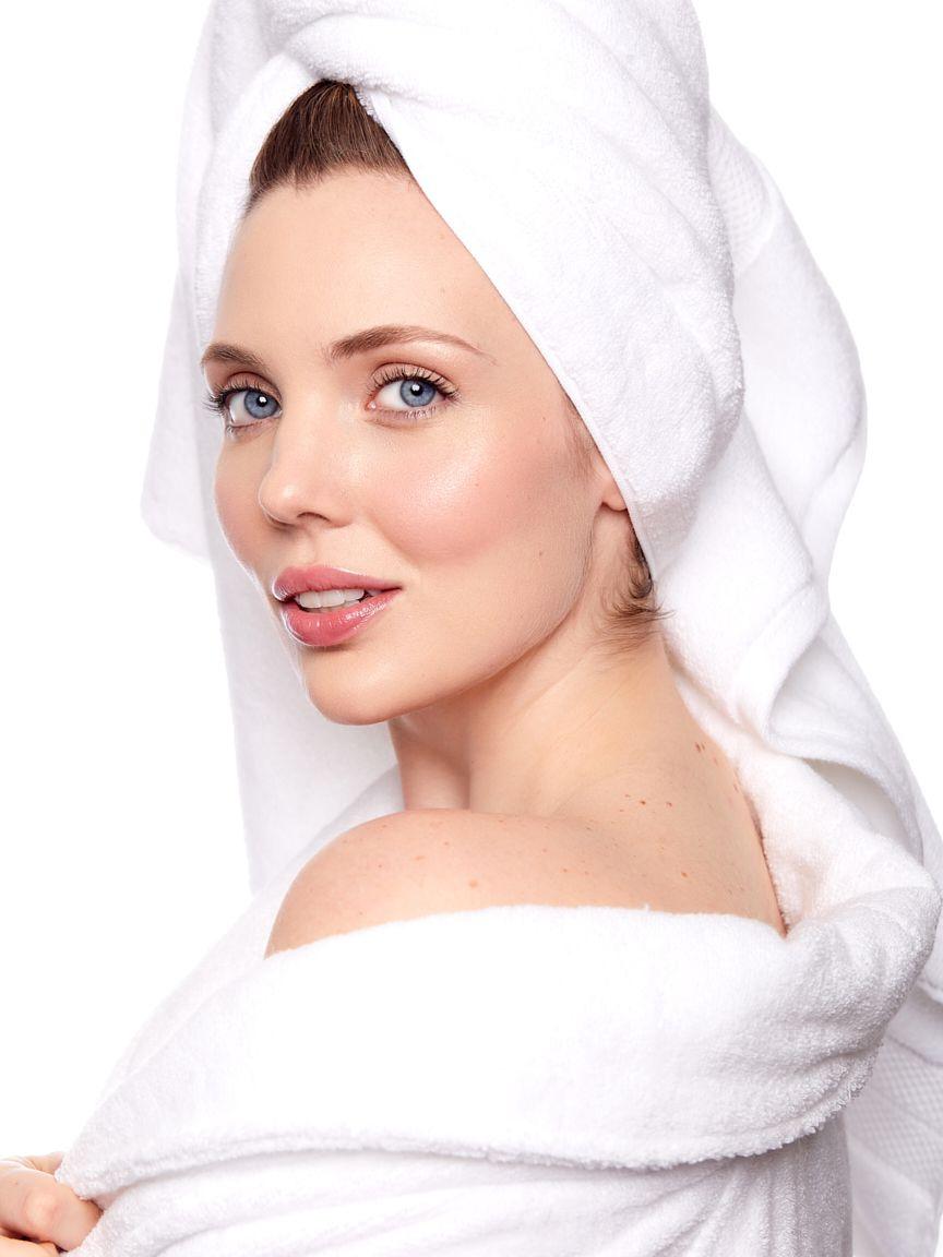 Belle-Feaster-beauty-model-wearing-towel-robe.jpg