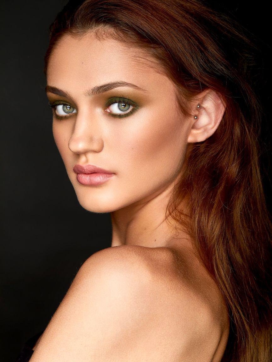 Alissa-sugawara-model-headshot.jpg