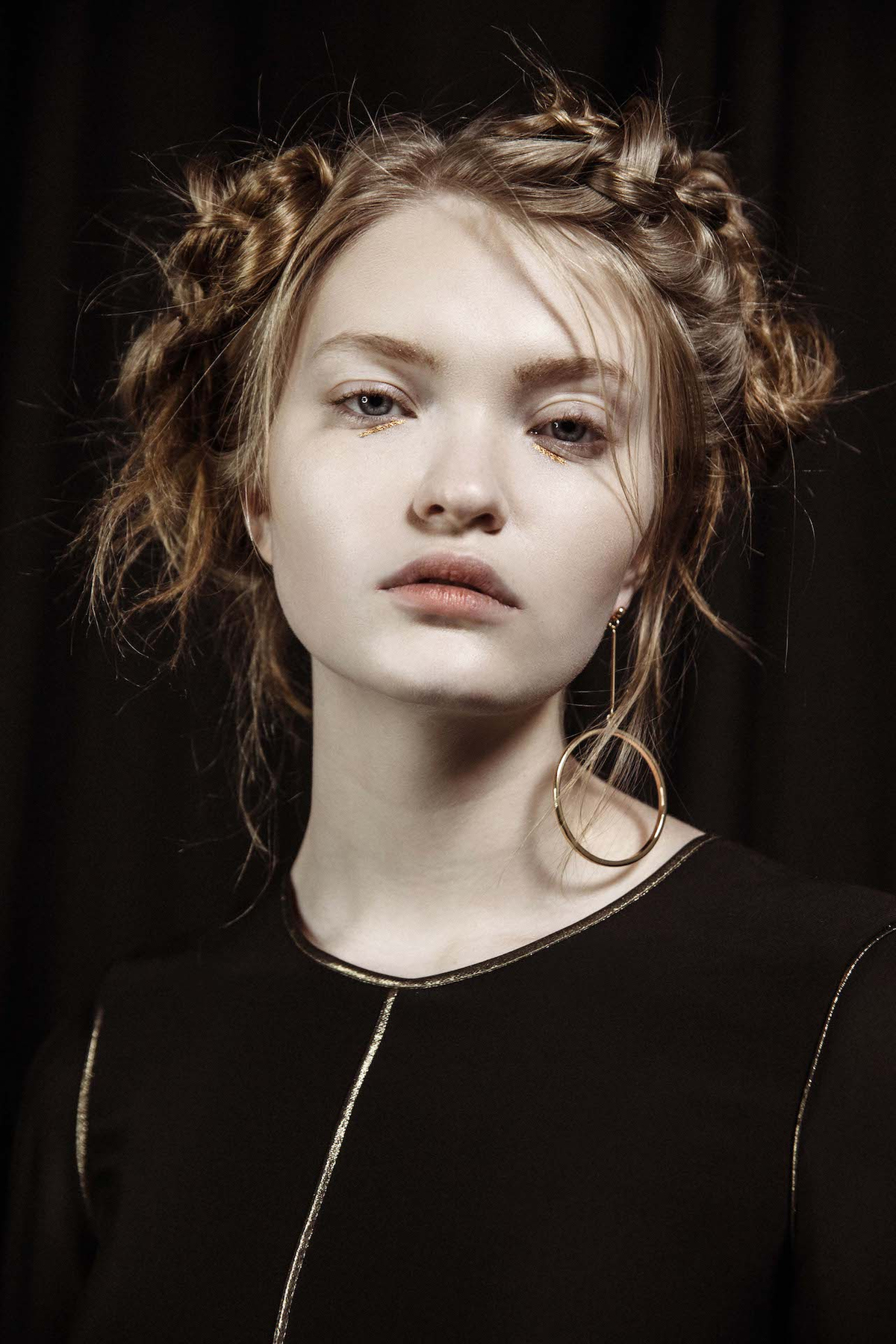 Styling: Tor Matthey Model: Abby Williamson