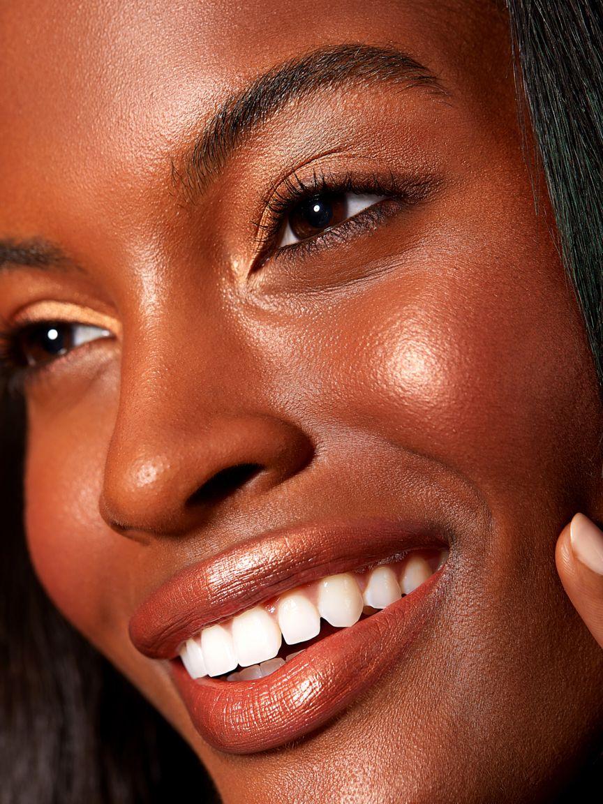 Melanin-Golden-Makeup-Beauty-Model-olivia-whittaker.jpg