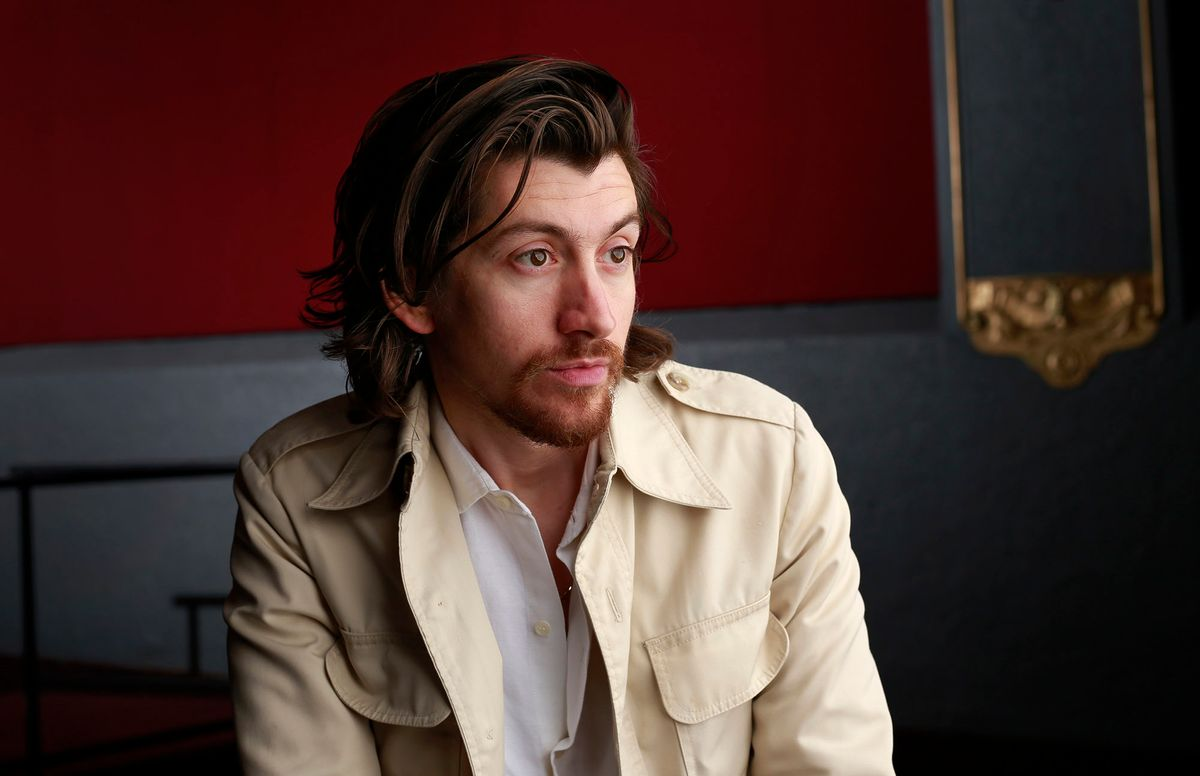 WEB3046354_la-et-ms-arctic-monkeys-20180504_009.jpg