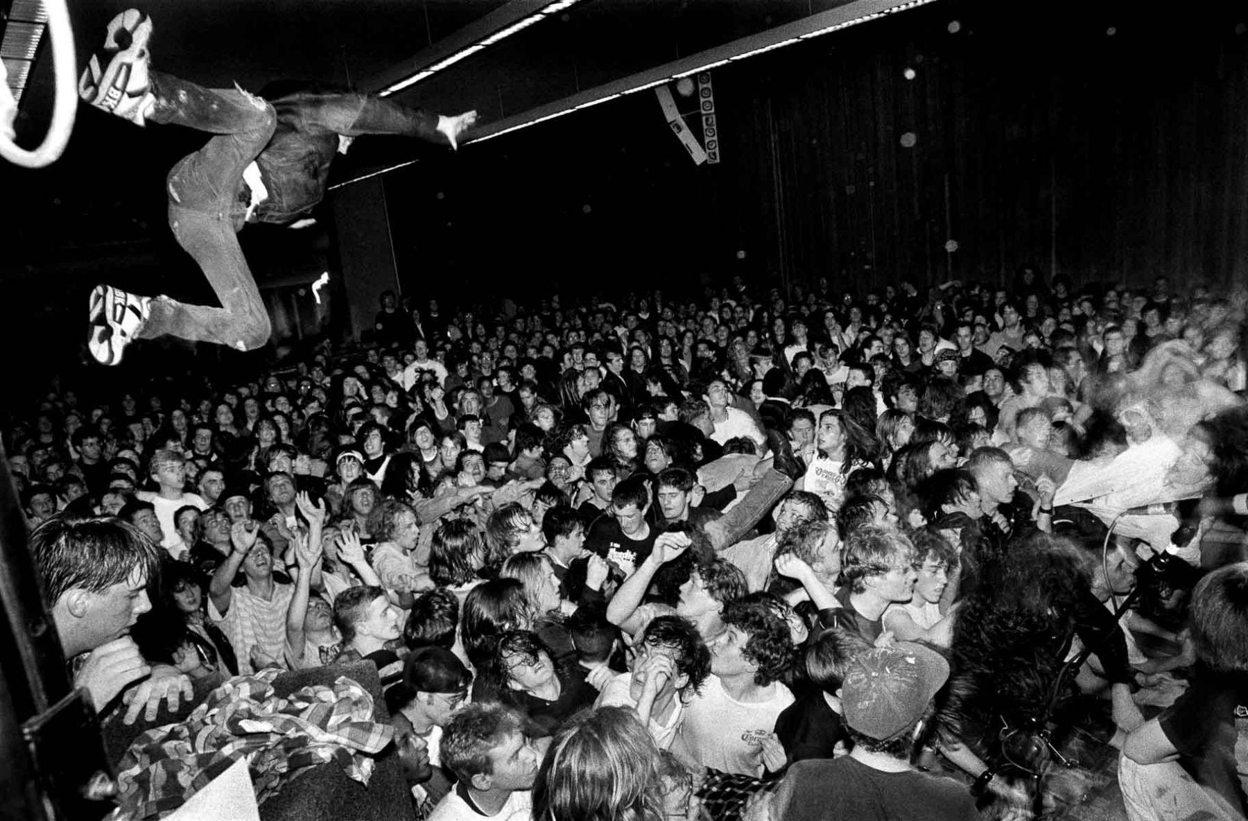 Nirvana, UW HUB Ballroom, Seattle, 1/06/90.