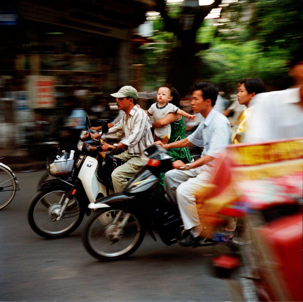 1baby_on_motorbike.jpg
