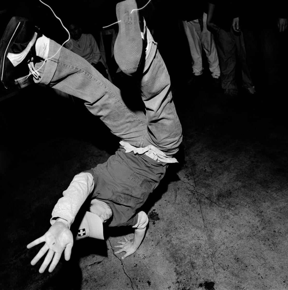 1cypher_breakdancers_5.jpg