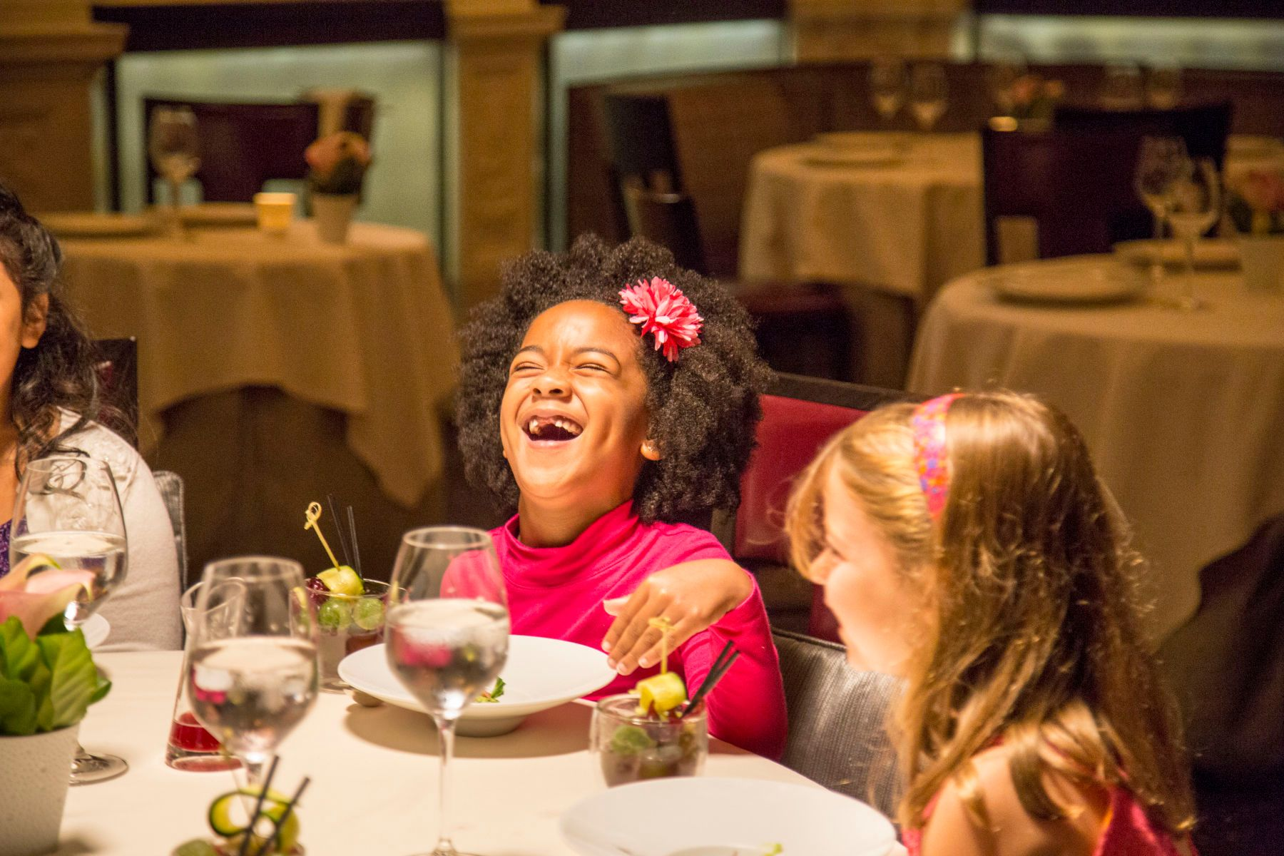 6 seven year olds have a fancy diner at Daniel servered by  chie
