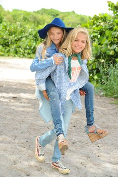 hippie kids_8.jpg
